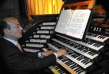 Marco Intravaia, organista