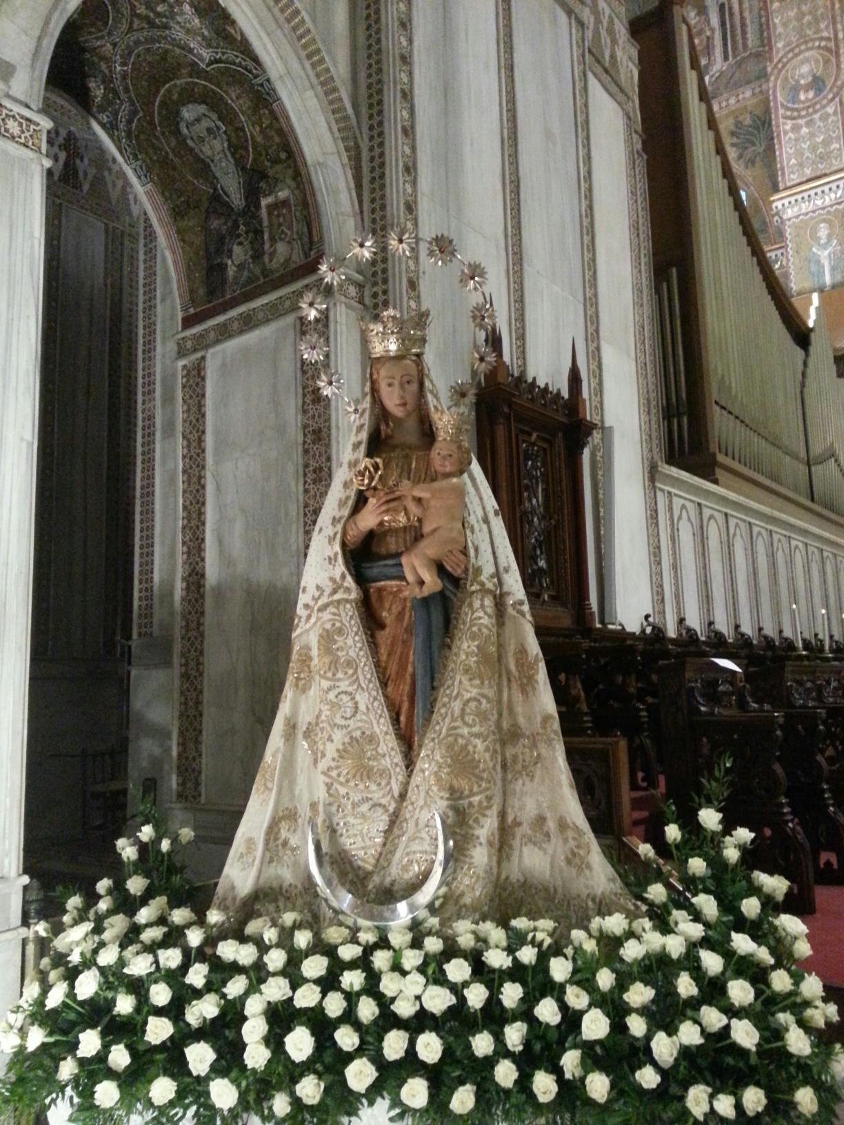 simulacro della Madonna del Popolo nel giorno della festa