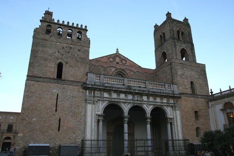 Facciata esterna del Duomo
